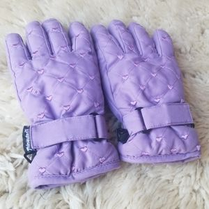 Thinsulate 40 Gram Insulation Lilac Heart Gloves